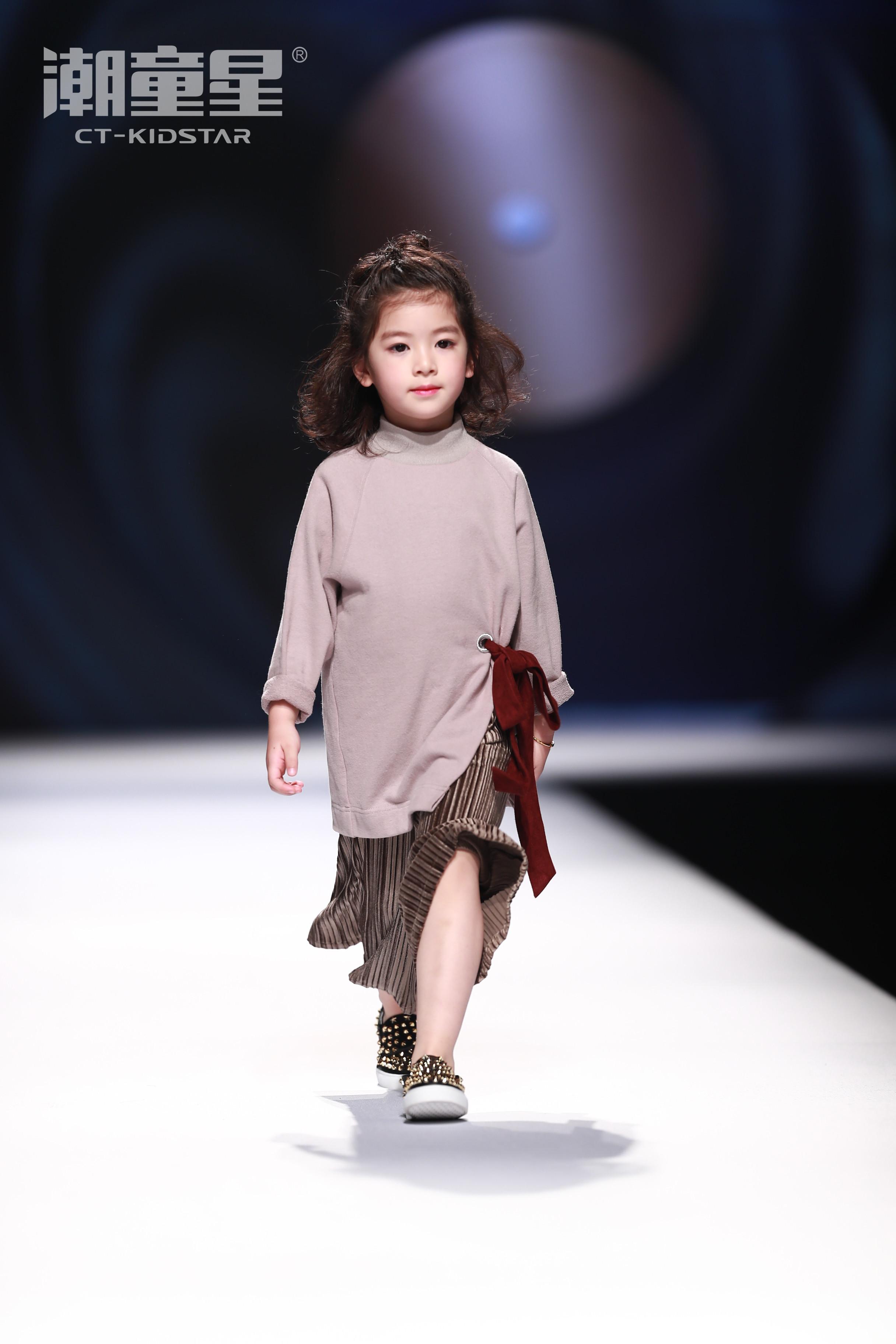 杭州潮童星少儿模特培训课程免费送通知!